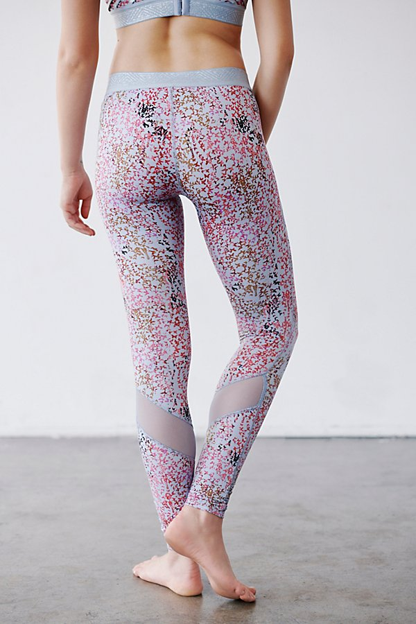 Slide View 4: Twist Pointe Printed Low Rise Legging