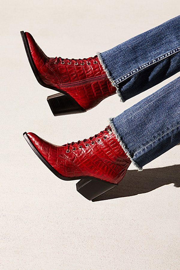Slide View 1: Desperado Lace Up Boot
