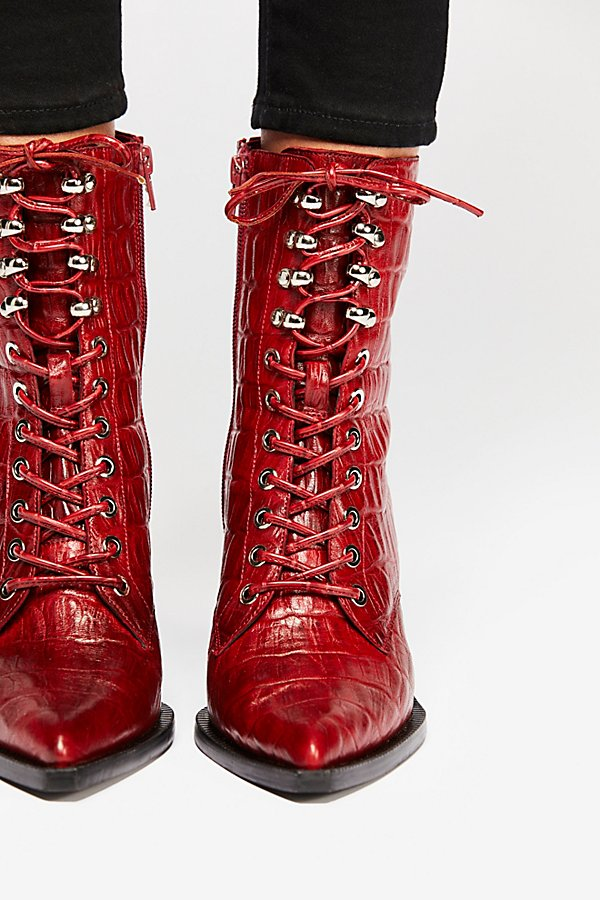 Slide View 3: Desperado Lace Up Boot