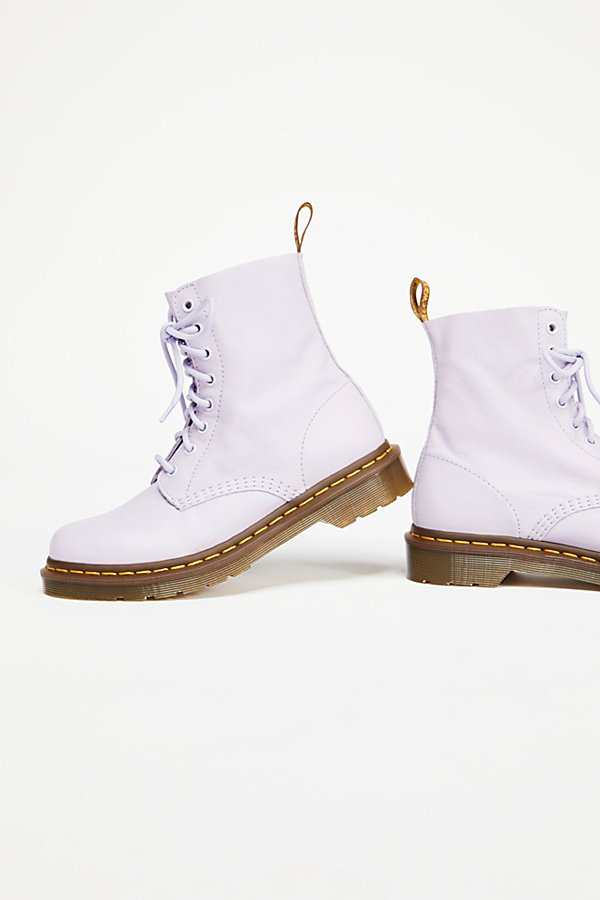 Slide View 4: Dr. Martens Pascal Boot