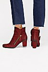 Thumbnail View 4: Yontville Ankle Boot