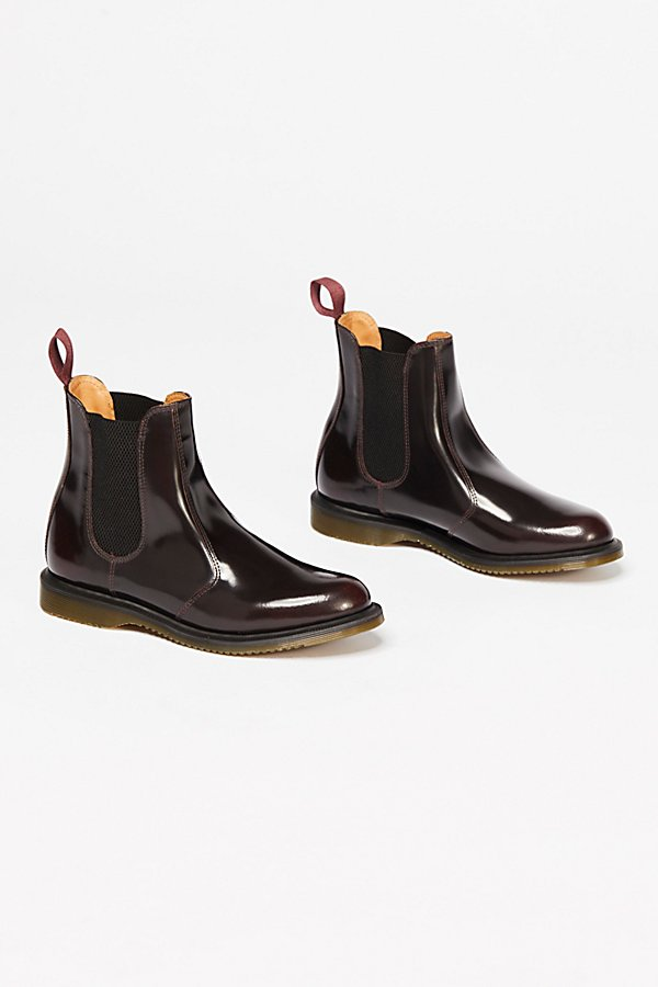 Slide View 2: Flora Chelsea Boot
