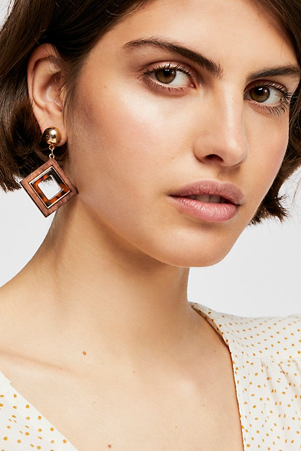 Slide View 1: Diamond Wood Single Earring