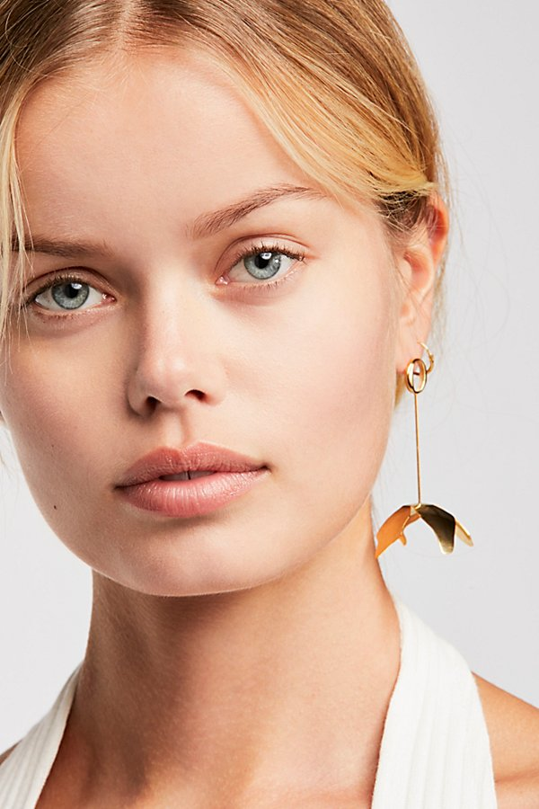 Slide View 1: Deux Fleur Single Earring