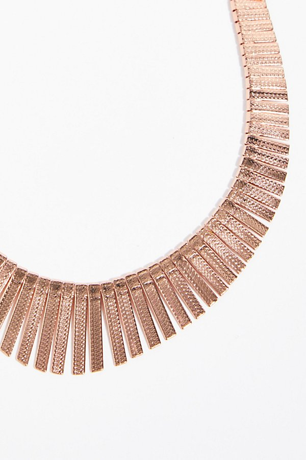 Slide View 3: Faye Collar Necklace