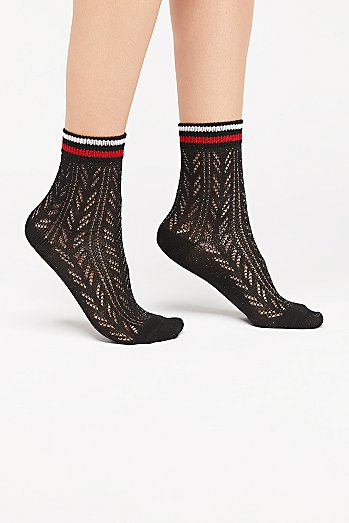 Sporty Pointelle Socks
