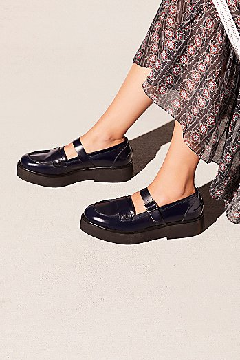 Pearl Street Penny Loafer