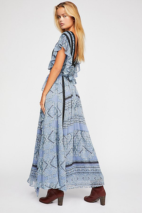 Slide View 2: Spellbound Maxi Dress