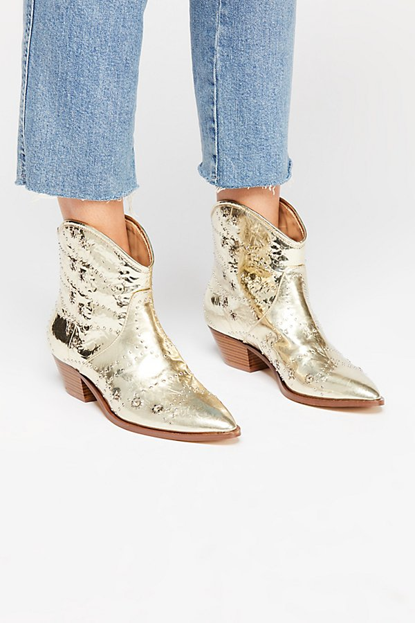 Slide View 2: Vegan Desert Western Boot