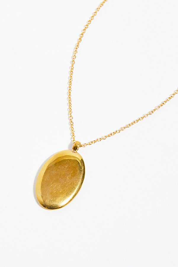 Slide View 3: Oval Medallion Pendant