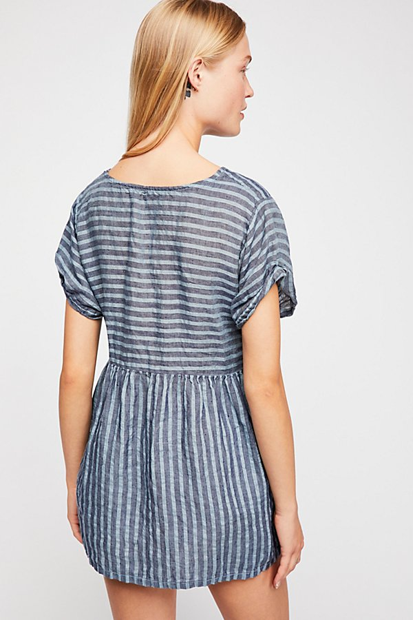 Slide View 2: Some Like It Striped Tunic