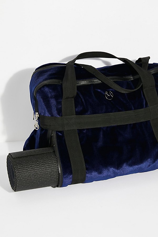 Slide View 2: Velvet Yoga Bag
