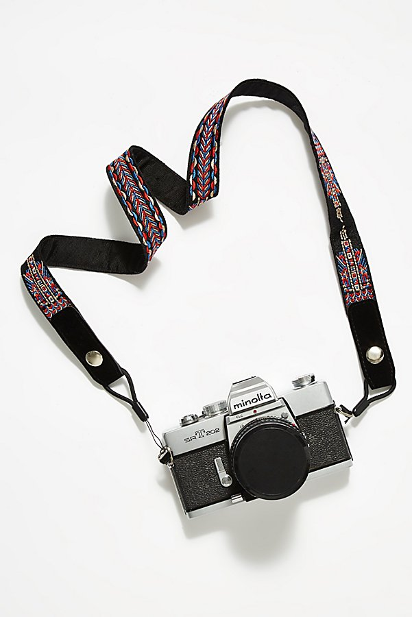 Slide View 1: Adventure Camera Strap