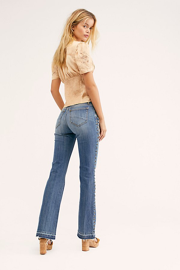 幻灯片视图 2: Driftwood Isabel Embroidered Flare Jeans