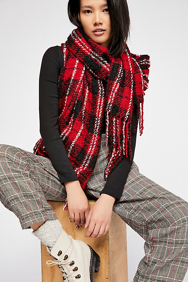 Slide View 1: Emerson Plaid Scarf