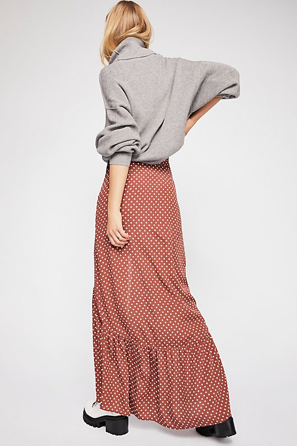 Slide View 2: Unbutton Me Midi Skirt