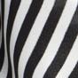 黑色 / 白色条纹