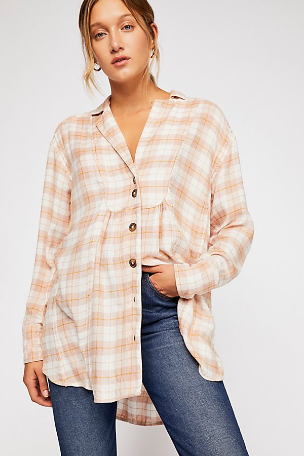 Slide View 1: All About The Feels Plaid Buttondown