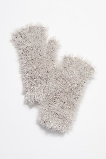 FP One Snow Bunny Armwarmer