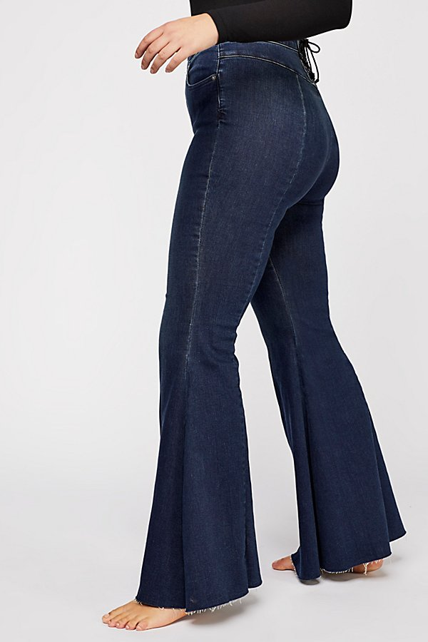 Slide View 11: CRVY Super High-Rise Lace-Up Flare Jeans