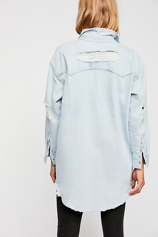 Slide View 3: Oversized Sawtooth Denim Shirt