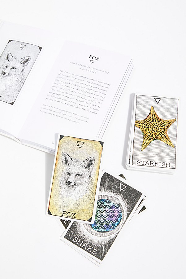 Slide View 4: The Wild Unknown Animal Spirit Deck & Guidebook
