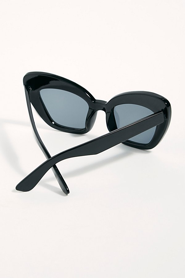 Slide View 3: Extreme Cat Eye Sunglasses