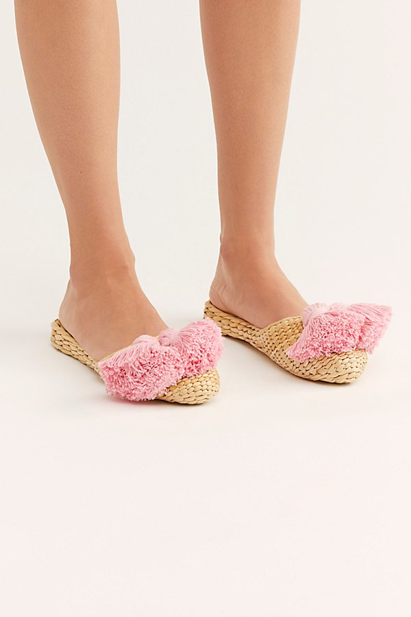 Slide View 3: Straw Tassel Slippers