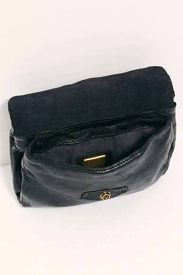 Slide View 6: Campomaggi Multi Pocket Convertible Belt Bag
