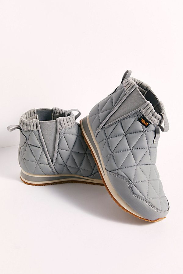 The coziest ankle boot from comfort-friendly brand, Teva featured in a water-resistant quilted design with stretchy elastic gore, a cushioned footbed, ultra-light EVA foam midsole, and grippy rubber outsole* Pull-on style* Soft lining* Cushioned insole* Knit collar