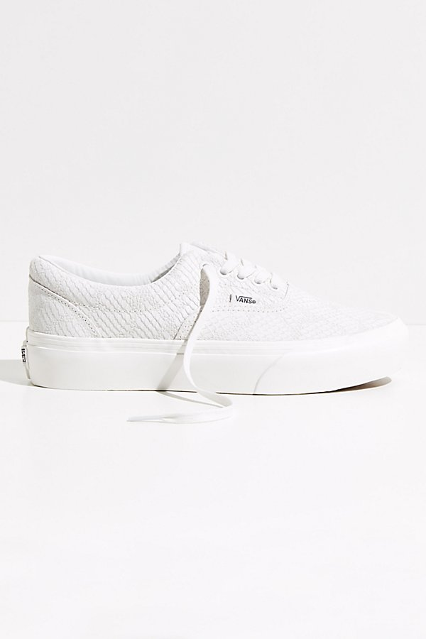 *See above for the Vans size chart to find your best fit. Fit:* This style is in unisex sizing so a men\\\'s size 4.5 is a women\\\'s size 6.Vans\\\' classic skater shoe gets an update with a lifted platform sole and low-top design that stays true to the brand\\\'s iconic DNA with a so cool embossed snake print* Padded collar and footbed* Signature waffle outsole* Elastic side accents