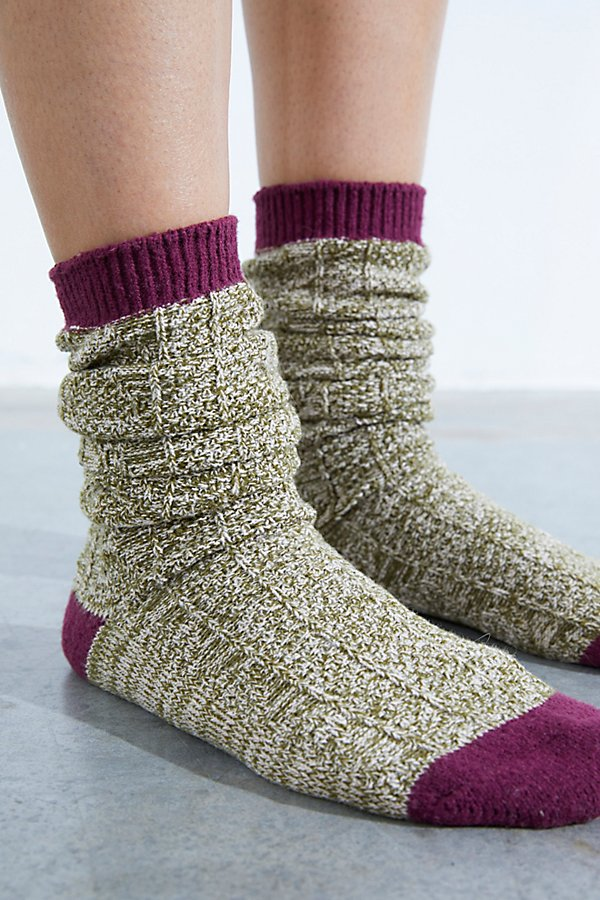 So comfy cable knit socks featured in a slouchy design with contrasting trim, toe and heel details* Calf-high rise* Can be worn slouchy